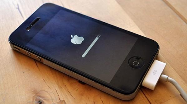 как можно самому перепрошить айфон
